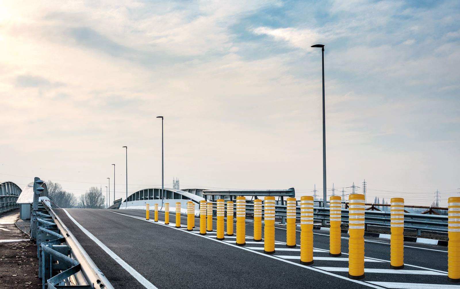 Palo elastico per il settore stradale